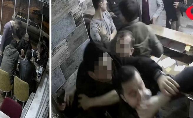 Polis, garsonu tokatladı, iş yeri sahibine tabanca doğrulttu