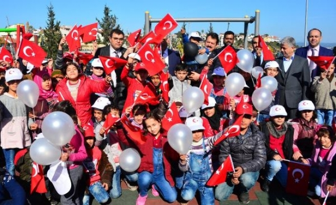 Suriyeli çocuklardan'Zeytin Dalı Harekatı'na resimli destek