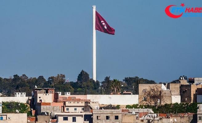 Tunus'ta olağanüstü hal bir ay uzatıldı