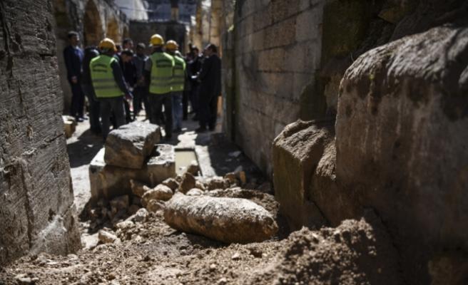 300 yıllık handa top mermisi bulundu