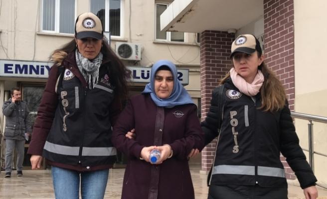 """FETÖ'nün """"hücre evi"""" sorumlusu kadın yakalandı"""