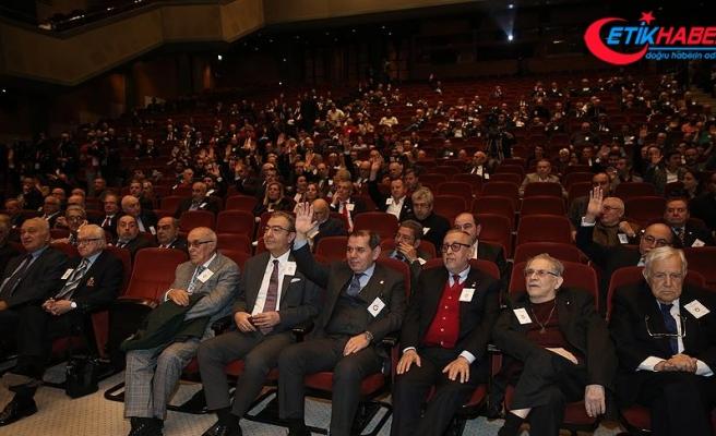 Galatasaray Kulübünün mali kongresinde gerginlik