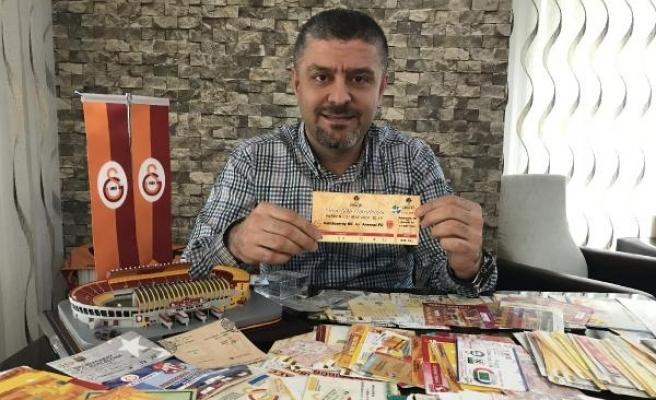 Galatasaray taraftarının tarihi bilet koleksiyonu