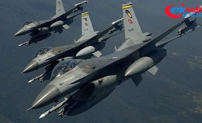 PKK'nın terör kamplarına operasyon: 12 terörist etkisiz hale getirildi