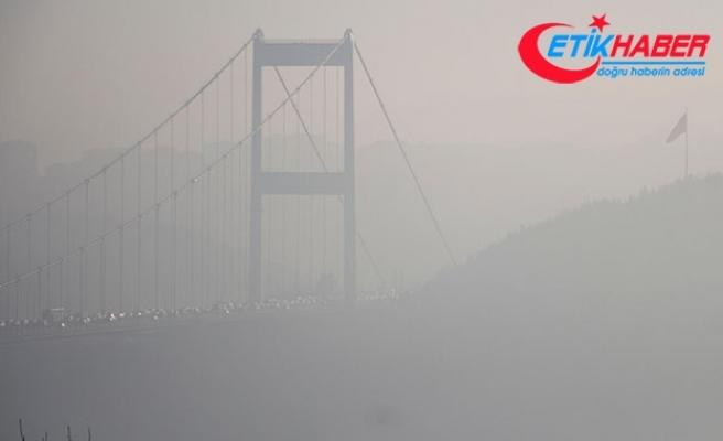İstanbul Boğazı'nda sis : FSM sis altında kayboldu
