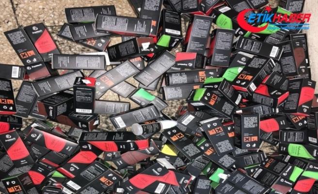 İşyerine polis baskını: 1 milyon liralık kaçak ürüne el konuldu