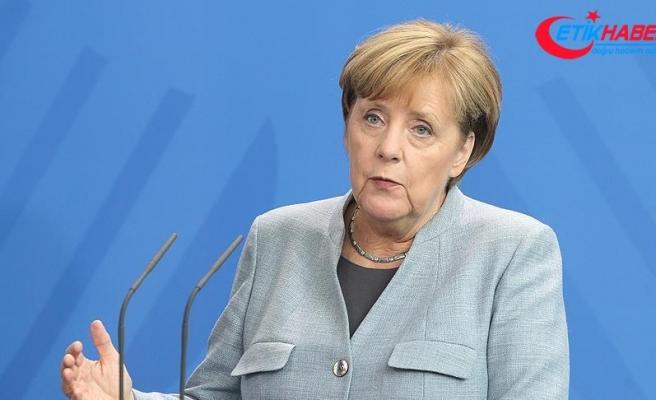 Merkel'den ABD′nin ek vergi kararına ilişkin açıklama