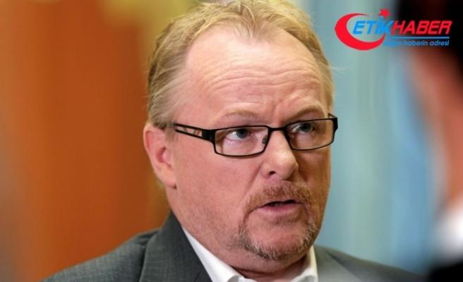 Norveç'te sığınmacıya yumruk atan siyasetçi Göç Bakanı oldu