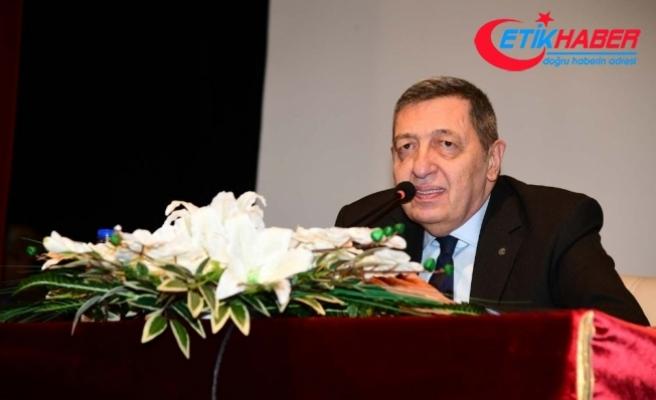 Türk siyasetinin duayen ismi Deniz Bölükbaşı hayatını kaybetti