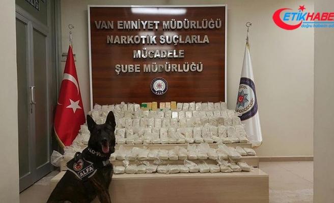 Van'da iki ayrı operasyonda 171 kilo eroin yakalandı