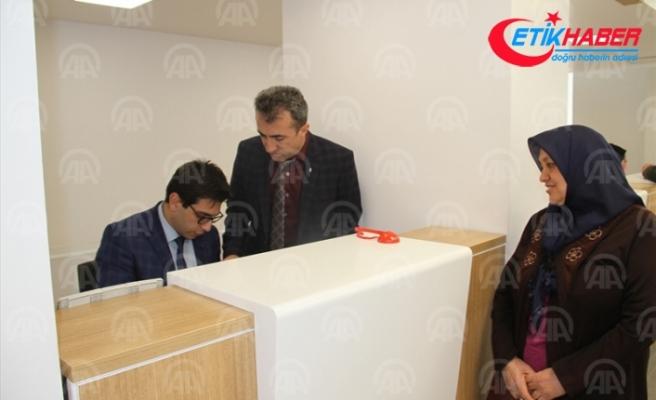 Yufka yaparak kazandığı 15 bin 805 lirayı Mehmetçik Vakfı'na bağışladı