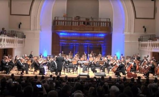 """Can Atilla'nın """"Gelibolu Senfonisi Prömiyeri"""" Londra'da yapıldı"""