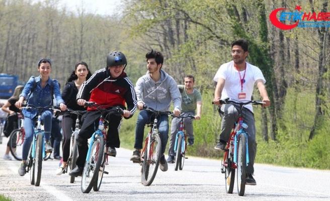 Engelli öğrenciler pedal çevirdi