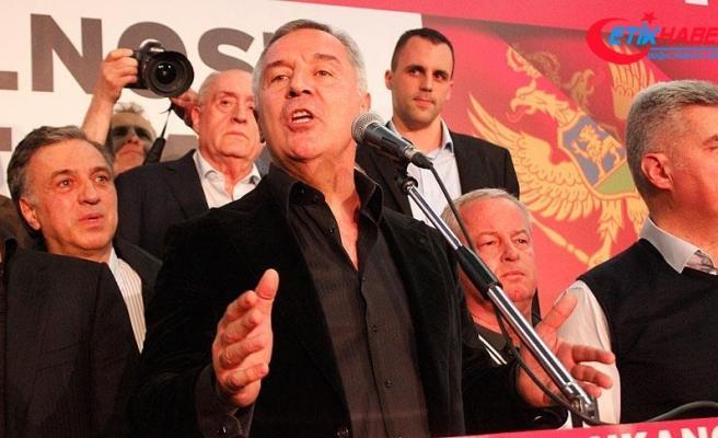Karadağ'ın yeni cumhurbaşkanı Djukanovic zafer konuşmasını yaptı