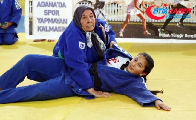 80'lik Ayten Nine judocu oldu
