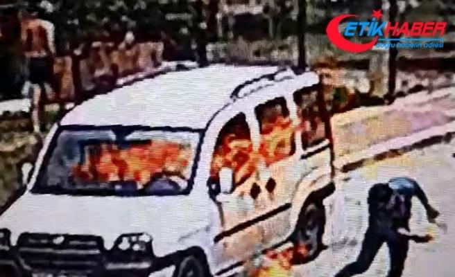 Alacağı olduğunu iddia ettiği kişinin aracını yaktı