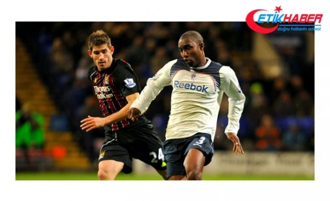 Aston Villa'nın Eski Futbolcusu Jlloyd Samuel Hayatını Kaybetti