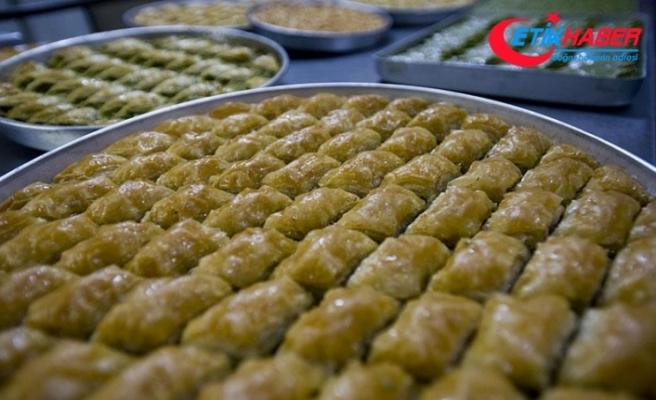 Bakan Fakıbaba'dan fındıklı baklava önerisi