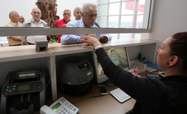 Şekerbank 5 yıl vadeli konut kredi faizini yüzde 0,98'e indirdi