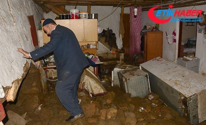 Bursa'da sel tahribatı, gün ağarınca ortaya çıktı