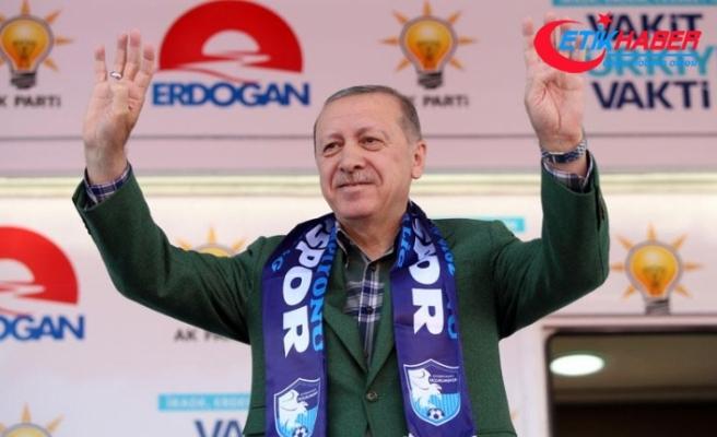 Cumhurbaşkanı Erdoğan: Paralarınızı gidin TL'ye yatırın