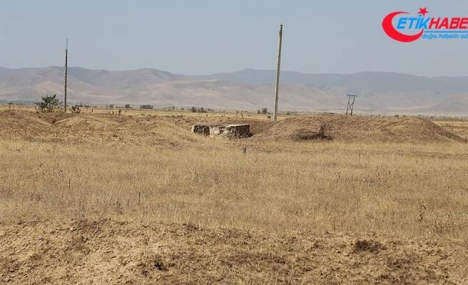 Ermenistan Azerbaycan'ın sivil yerleşim birimlerine ateş açtı