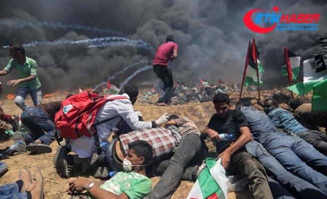 Gazze'deki gösterilerde yaralanan bir Filistinli daha şehit oldu