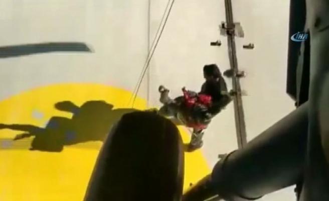 Gemi personelinin yardımına Türk askeri yetişti