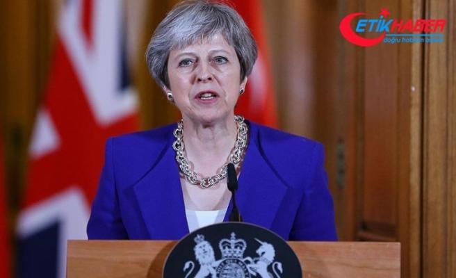 İngiltere Başbakanı May'den Gazze'deki katliama ilişkin açıklama
