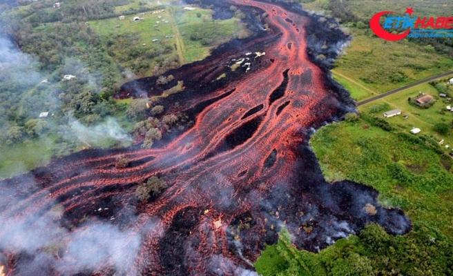 Kilauea Yanardağı lav püskürtmeye devam ediyor