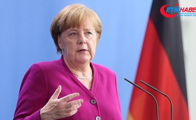 Merkel'den ABD Başkanı Donald Trump'a eleştiri