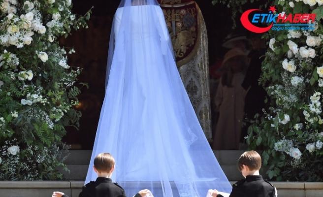 Prens Harry ve Markle evlendi