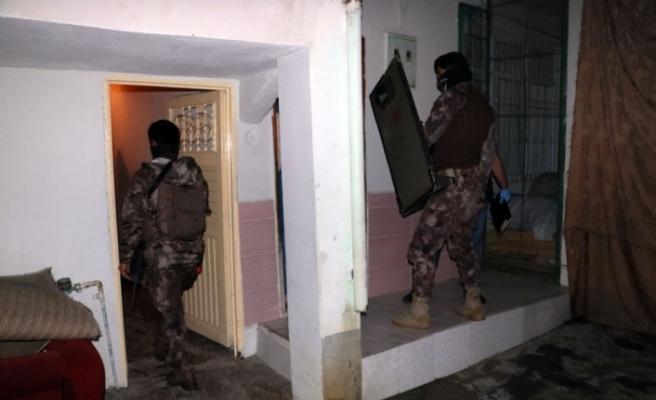 Torbacılara özel harekatlı şafak baskını: 10 gözaltı