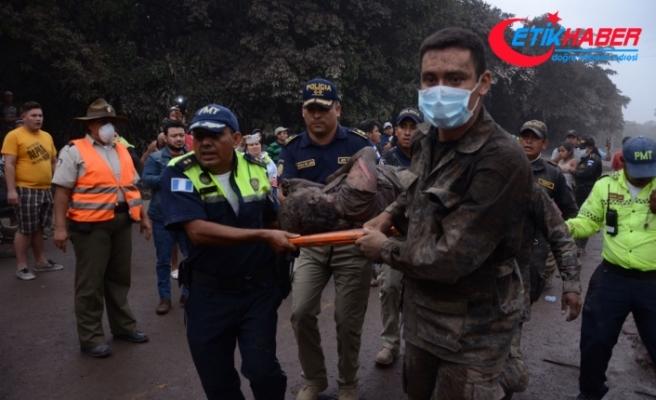 Guatemala'da volkan patladı: 25 ölü