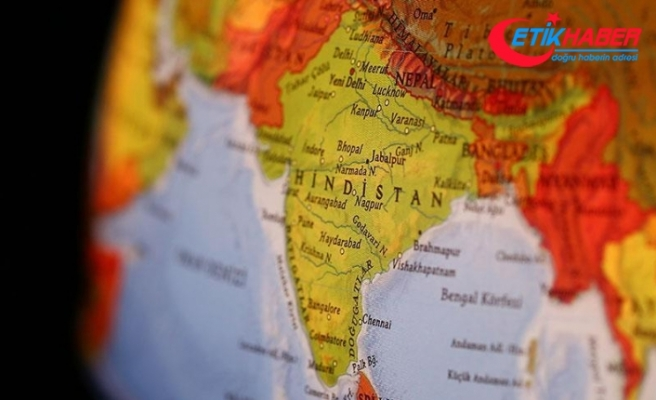 Hindistan'da fırtına: 17 ölü