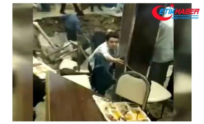 Restoranın Ortası Çöktü, İftara Gelen Vatandaşlar Çukura Düştü! O Anlar Kamerada