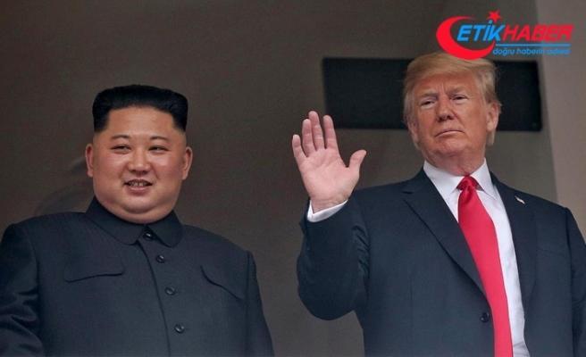Trump-Kim zirvesi dev ekranlardan izlendi