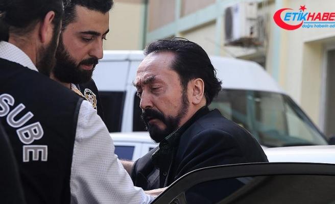 Adnan Oktar grubu soruşturmasında gözaltı sayısı 186'ya yükseldi