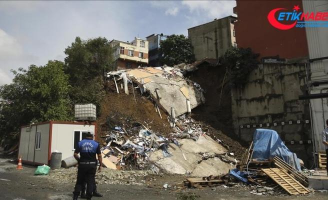 Beyoğlu Belediyesinden toprak kaymasına ilişkin açıklama
