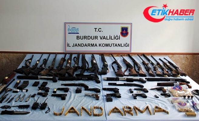 Burdur'da yasadışı silah ticareti operasyonu: 20 gözaltı