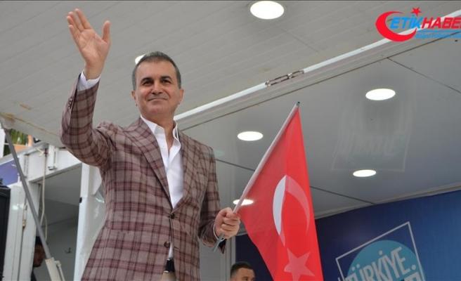 Eski AB Bakanı Çelik'ten Özil'e destek mesajı