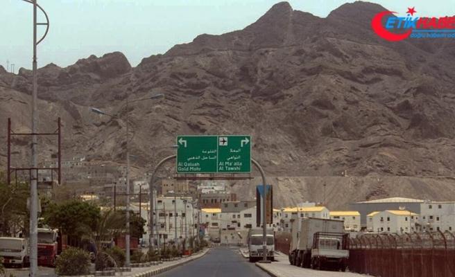 Husilerden 3 yıl önce kurtarılan Aden'in sorunları sürüyor