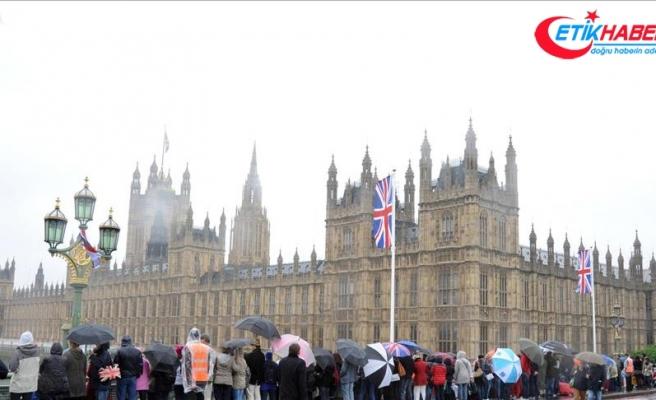 """İngiltere """"Yahudi ulus devlet"""" yasasından endişeli"""