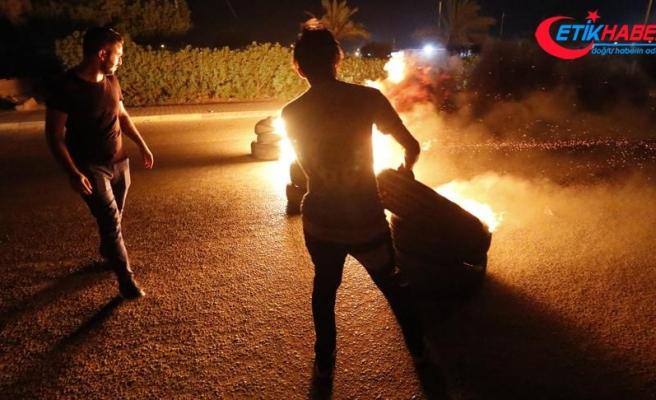 Irak'ta protestocular İran Sınır Kapısı yolunu kapadı