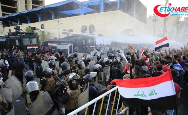 Irak'taki gösteriler ardında 14 ölü, 700'den fazla yaralı bıraktı