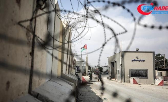 """İsrail Kerm Ebu Salim Sınır Kapısı'nı """"sükunet şartıyla"""" açıyor"""