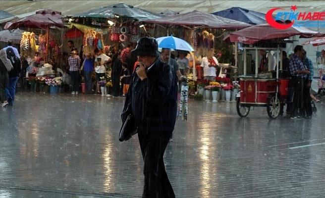 Doğu Karadeniz'in kıyı kentlerine şiddetli yağış uyarısı