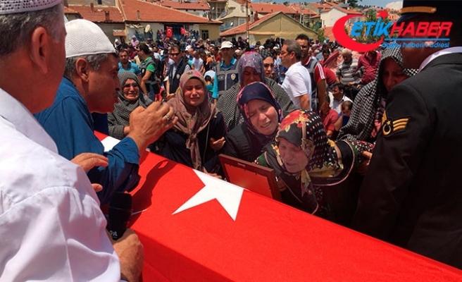 Konyalı şehit Uzman Çavuş'u, 5 bin kişi uğurladı