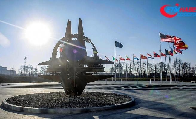 NATO kritik zirve için hazır