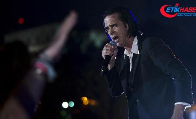 Nick Cave İstanbul'da konser verdi